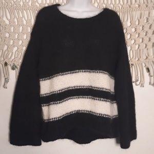 VS black white stripe fuzzy wool/mohair sweater